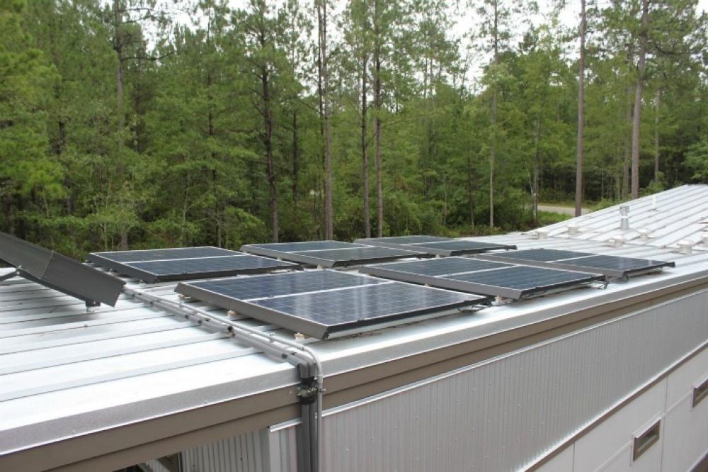 modern future house solar energy flood prevention smart (4)