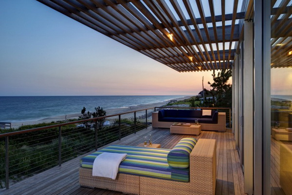 modern vacation house on the beach galss (2)