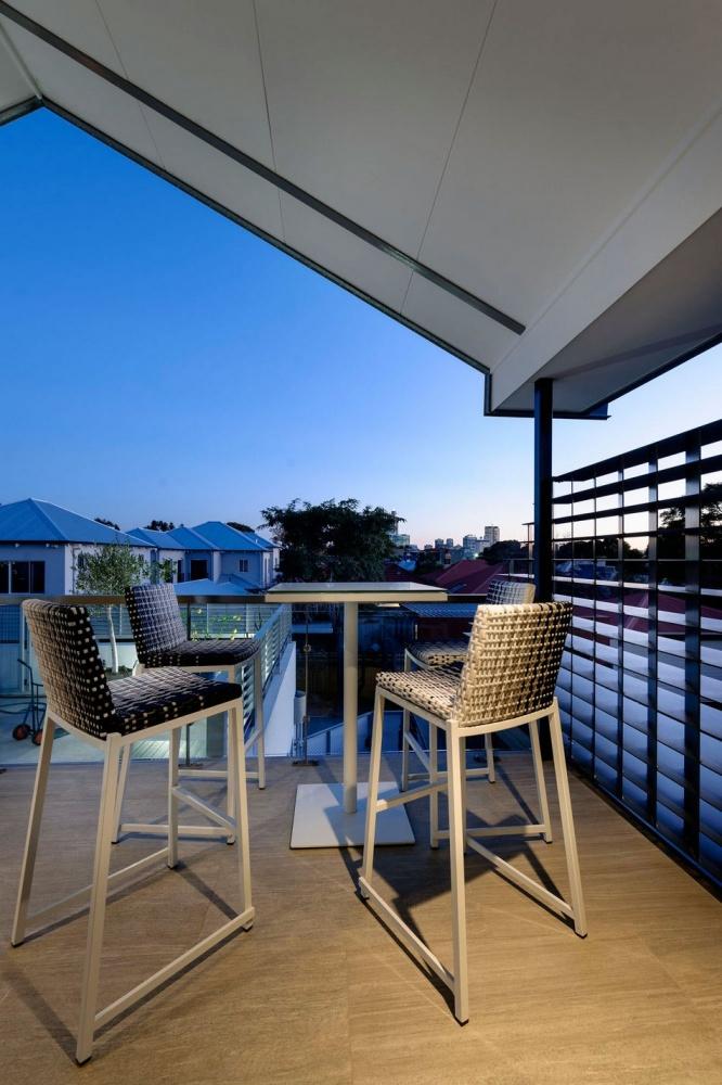 simple modern living house (6)
