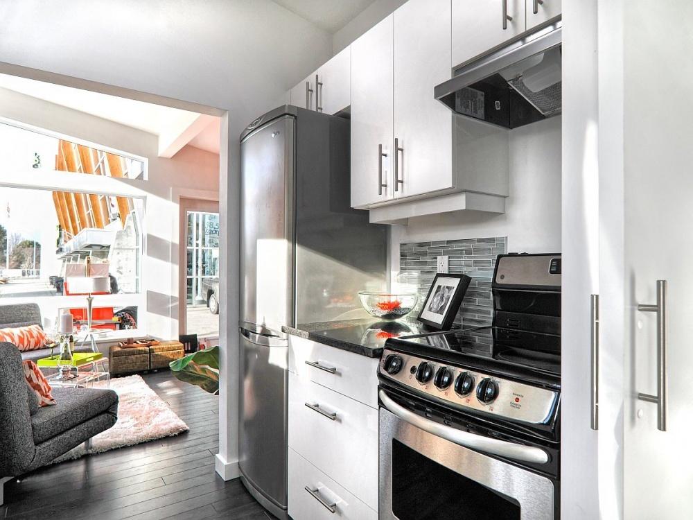 small 35 sq mt modern wood house (2)