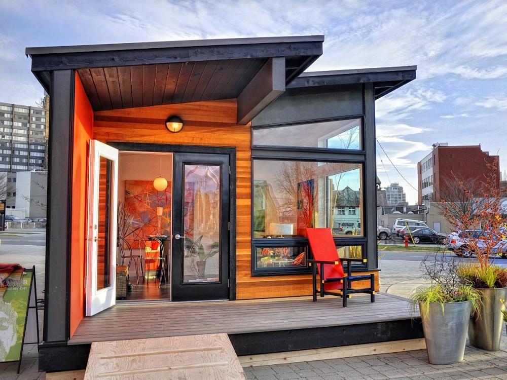 small 35 sq mt modern wood house (5)