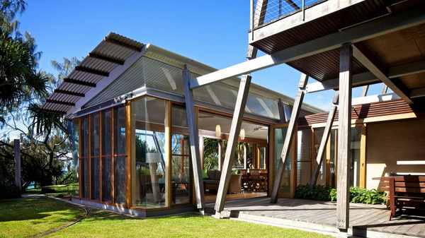 vacation wood glass house for environment (8)