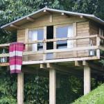 แบบบ้านไม้ทรงใต้ถุน สร้างรูปแบบกระท่อมดูคลาสสิค ในบรรยากาศสบายๆ
