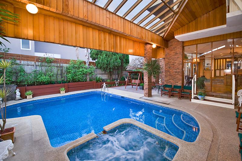 classic contemporary brick modern house swimming pool (12)