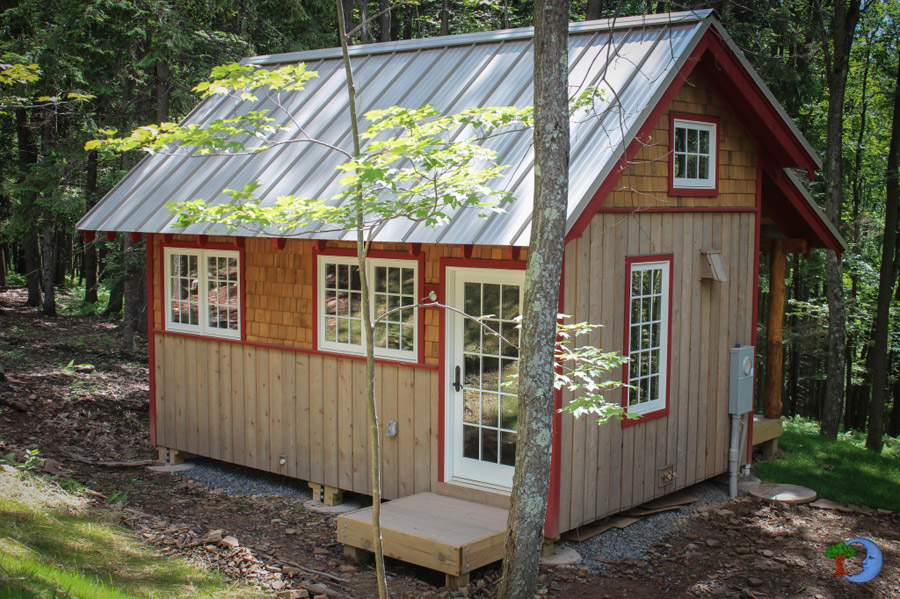 classic wooden cottage house (1)