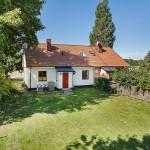 แบบบ้านสวยในบรรยากาศชนบท ดูเรียบง่ายกำลังดี สำหรับครอบครัวเล็กๆ