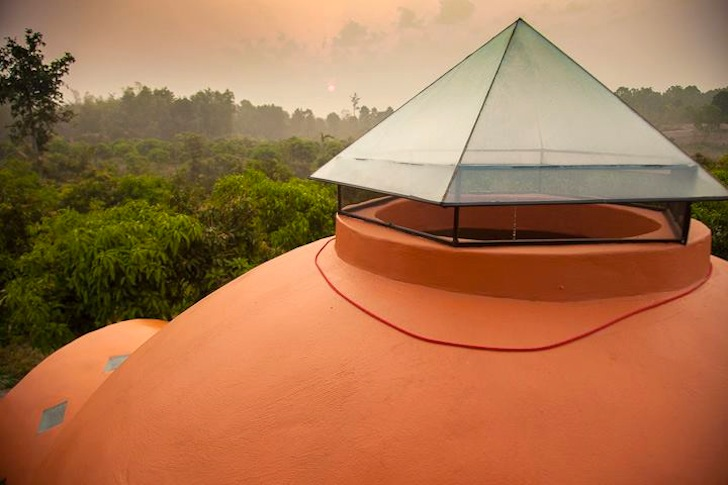 dome house in thailand serene lifestyle (17)
