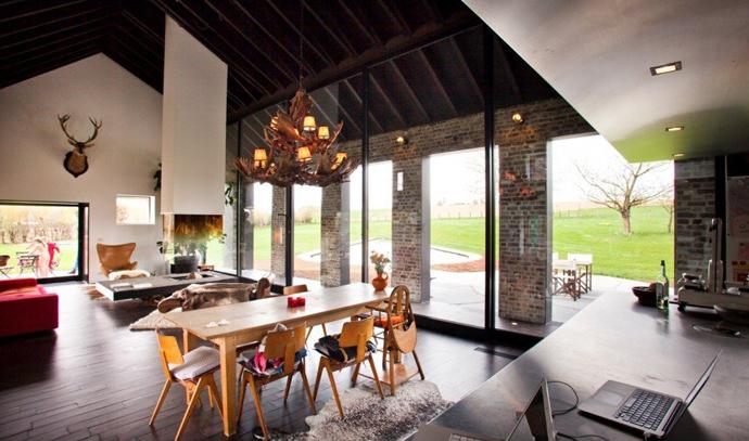 farmhouse turn into modern house (11)