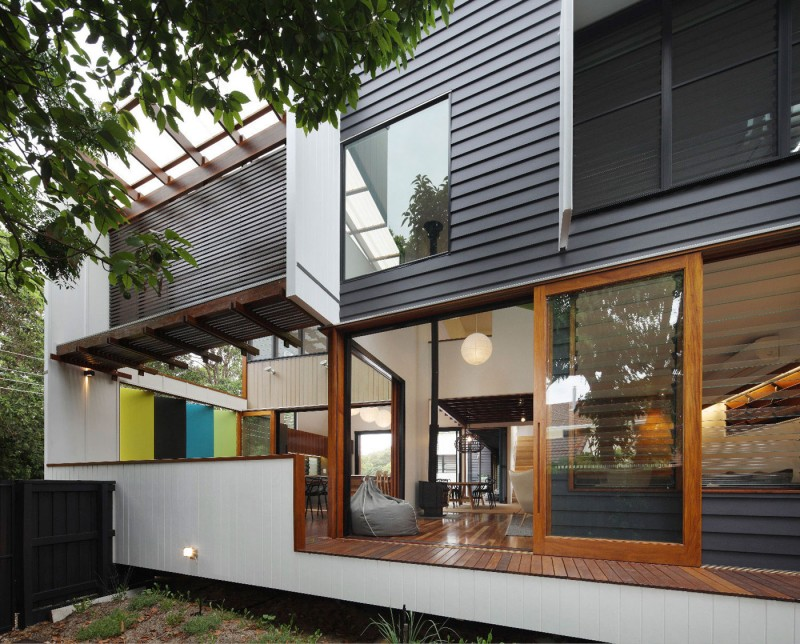 modern house design in australia black white wood (2)