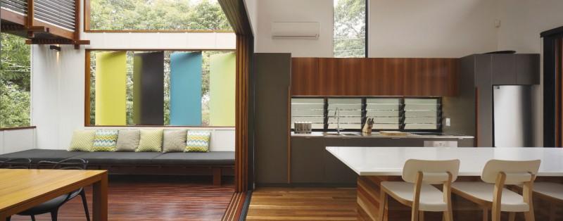 modern house design in australia black white wood (8)