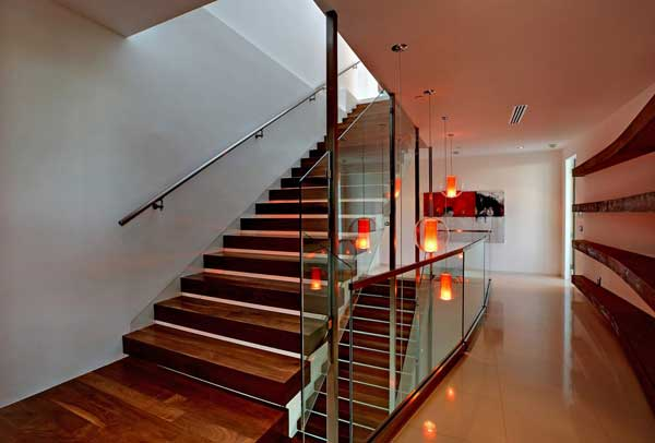 modern house with swimming pool bevery hill (9)