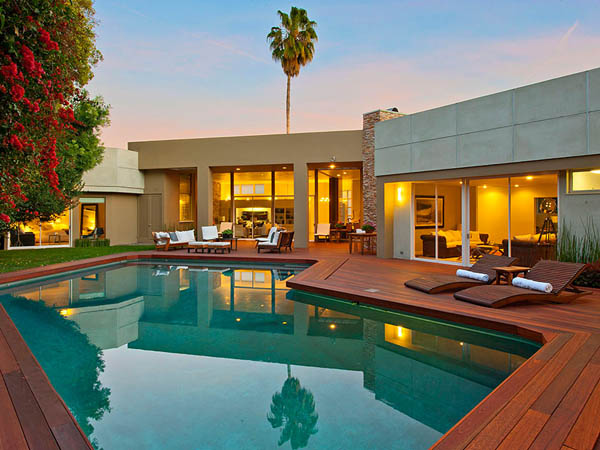 modern tropical contemporary house in los angeles with garden tree swimming pool (4)