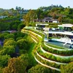 บ้านตากอากาศหลังใหญ่สไตล์โมเดิร์น ออกแบบเพื่อชีวิตหรูหรา ในความเป็นธรรมชาติ