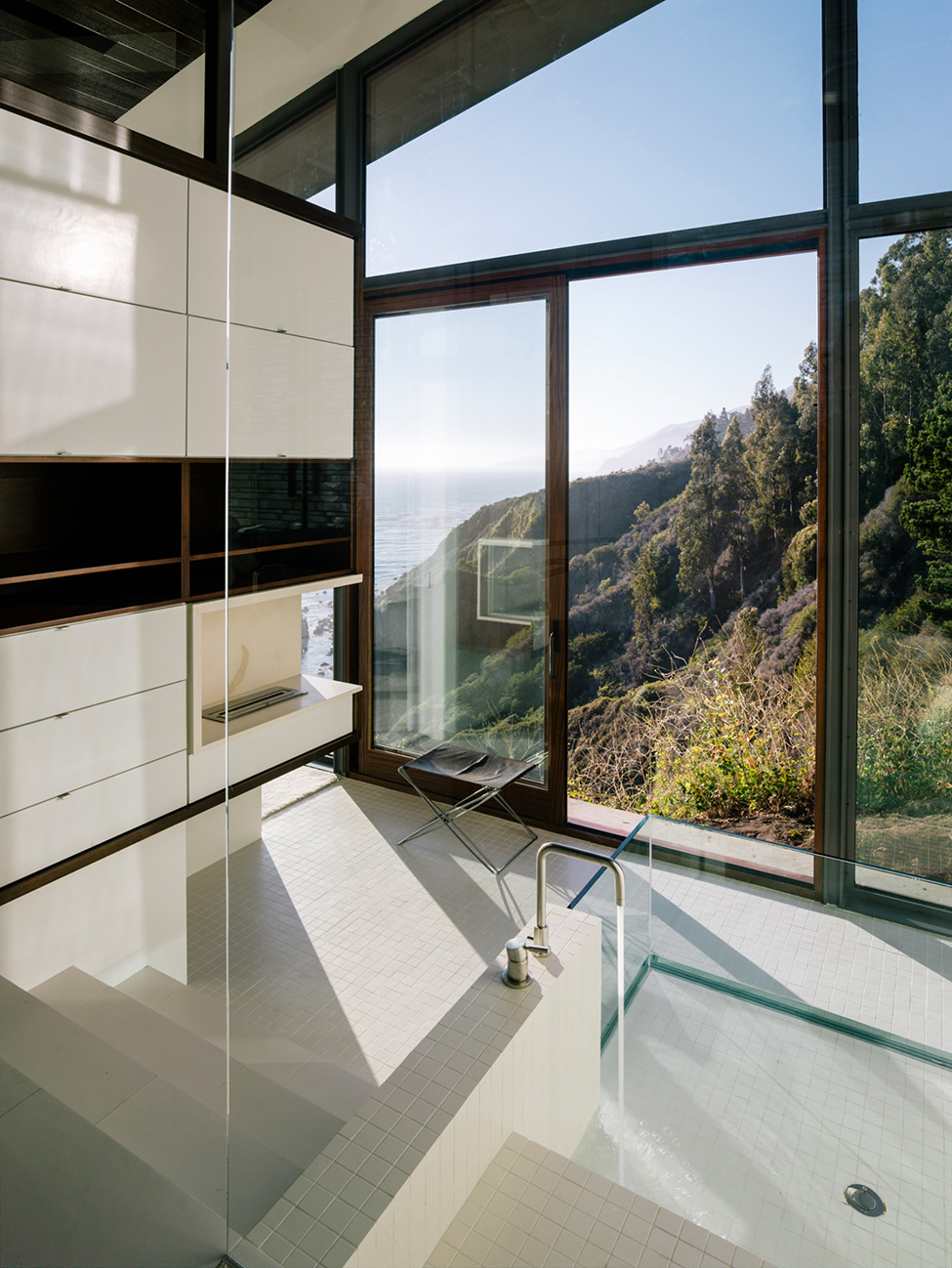 modern wood glass house cliff sea view (4)