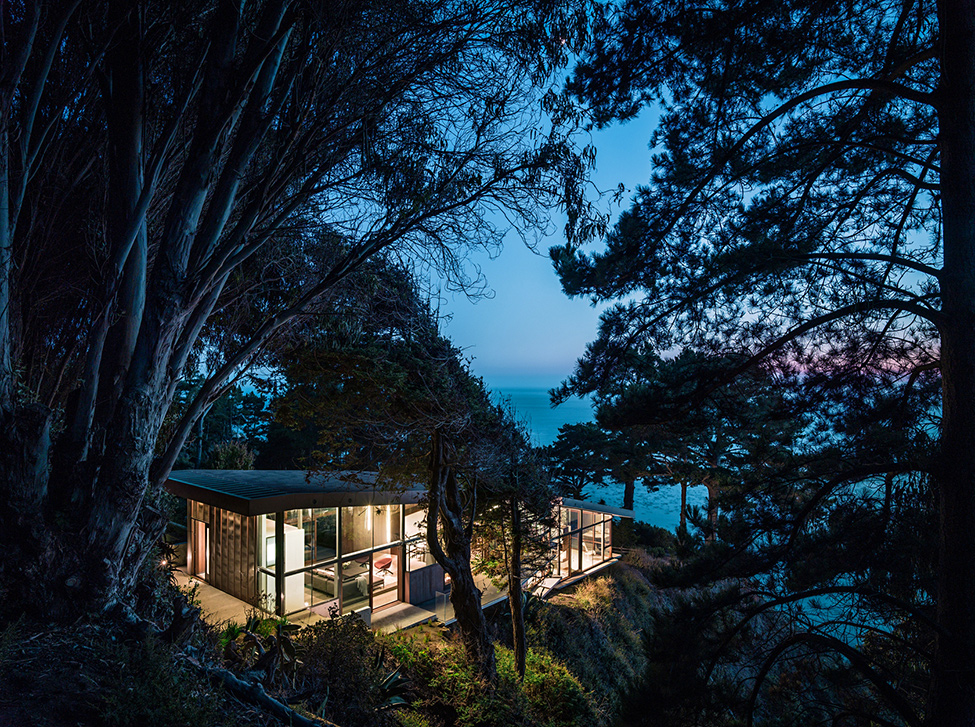 modern wood glass house cliff sea view (5)