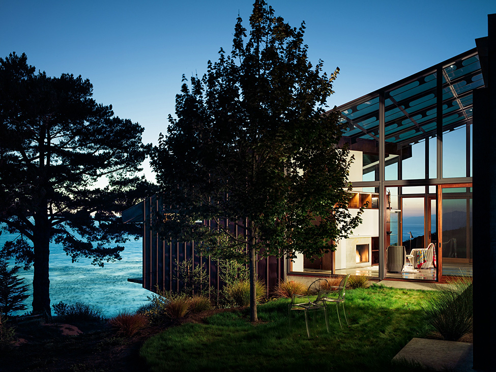 modern wood glass house cliff sea view (9)