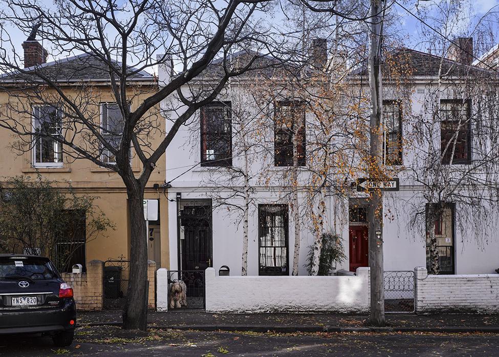 renovate classic to modern townhome australia (9)