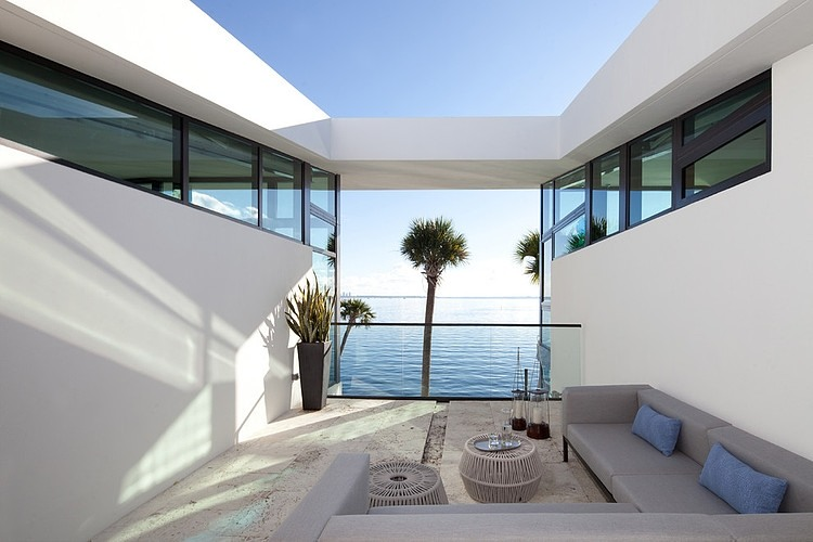 seaside house modern architecture garden swimming pool (7)