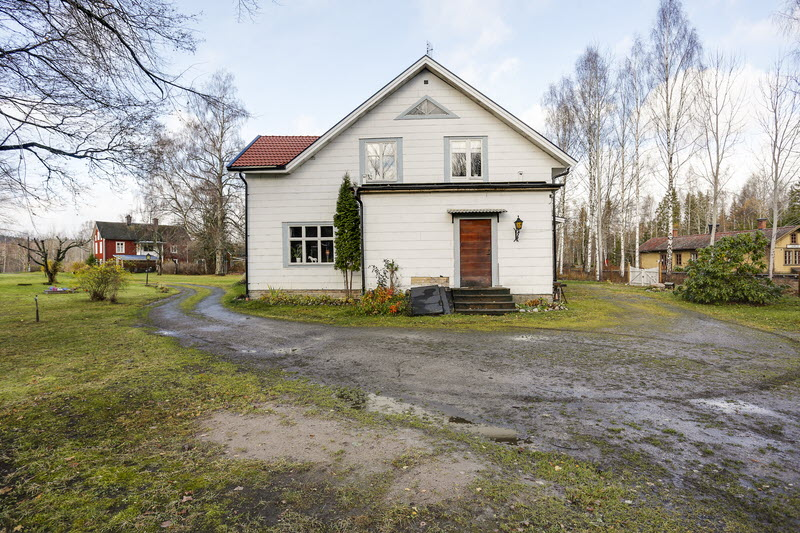 2 storey house countryside sweden (12)