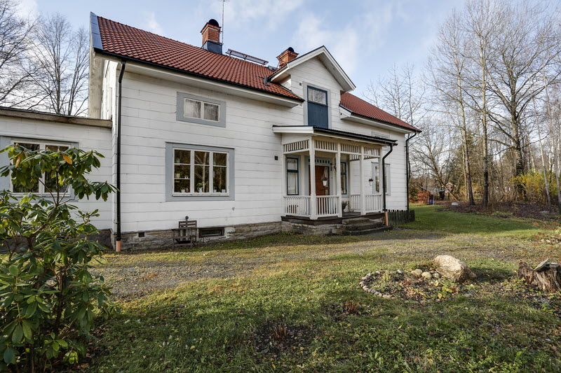 2 storey house countryside sweden (19)