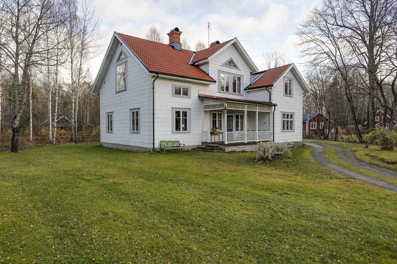 2 storey house countryside sweden (20)