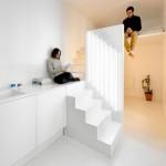 Renovate อพาร์ทเมนท์ เปลี่ยนห้องสี่เหลี่ยมน่าเบื่อเป็นแบบโมเดิร์นชั้นครึ่งสุดแนว