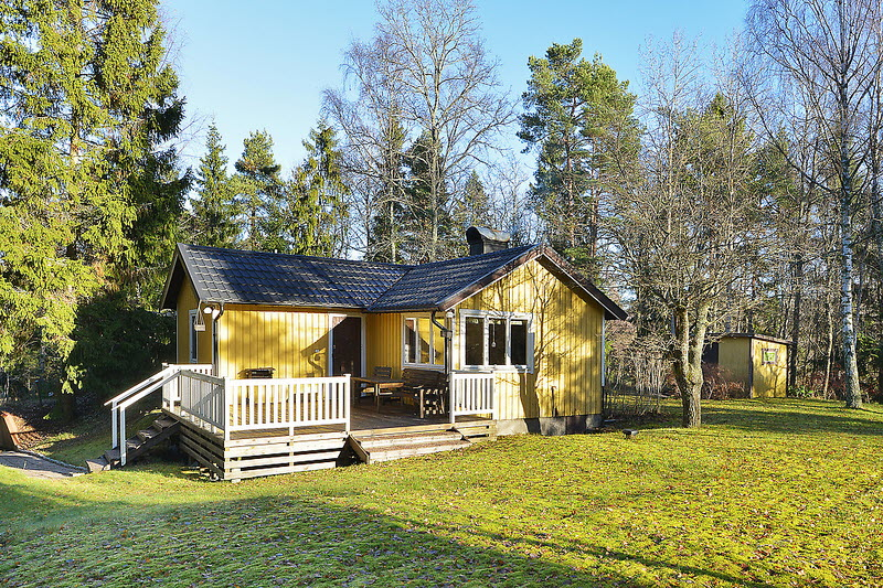 cottage house for small family or single (1)