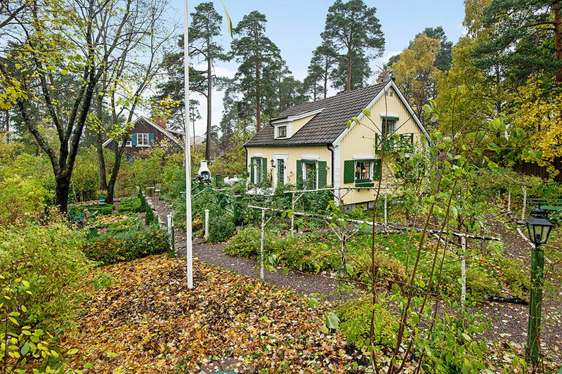 cottage house plan for family with natural nature (8)