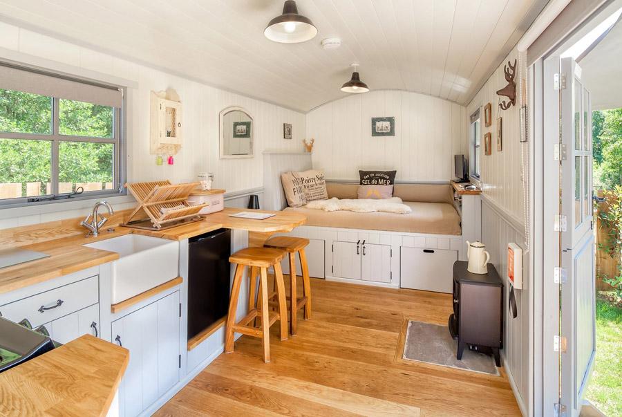 mini cottage house wood (6)