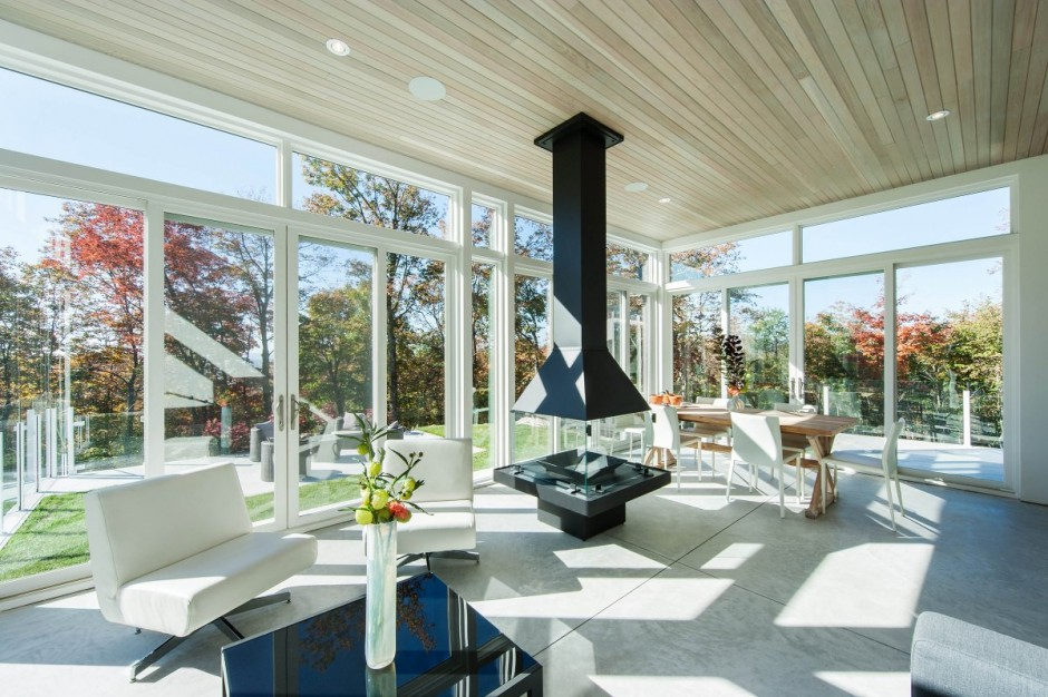 modern contemporary house in canadian forest (12)