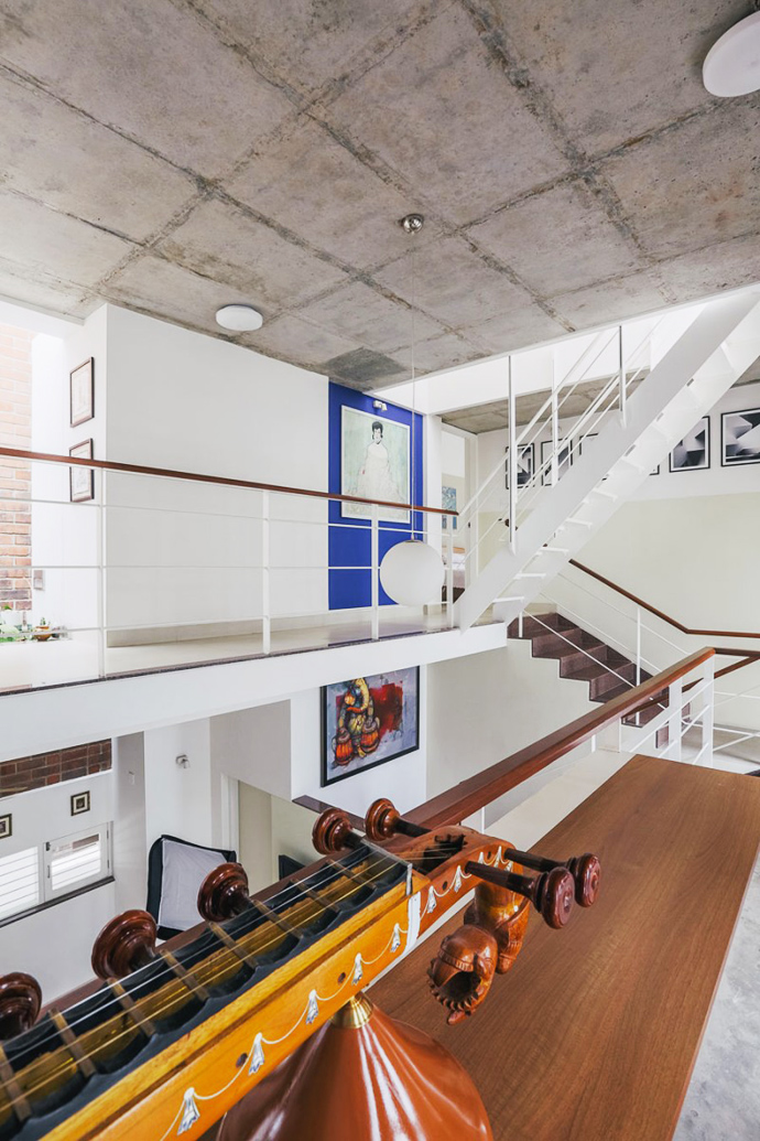 modern contemporary industrial loft house (13)