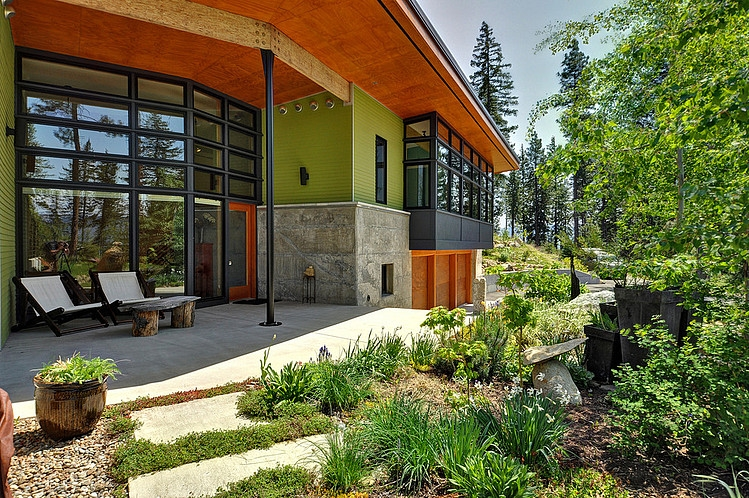 modern green house in beautiful forest  (10)
