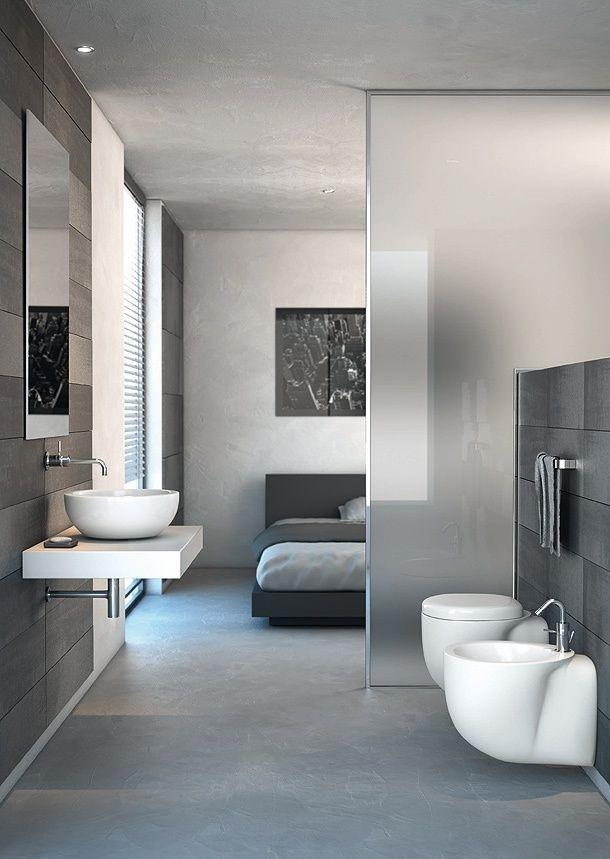 open-floorplan-bathroom