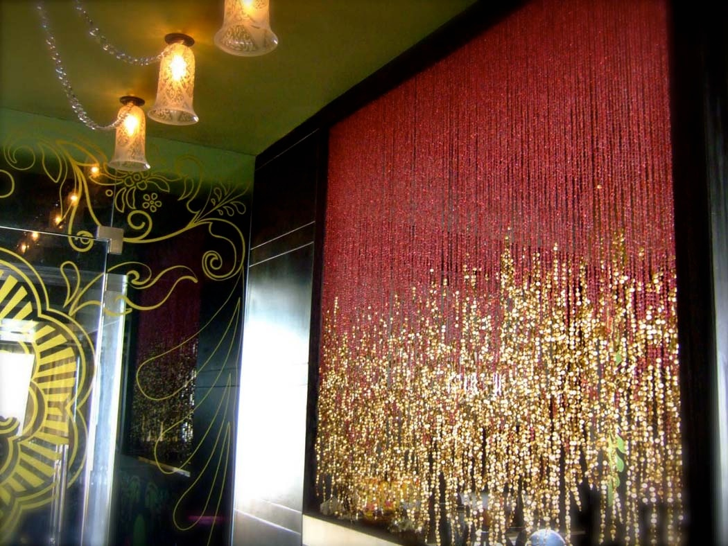 sparkly-partition-curtain