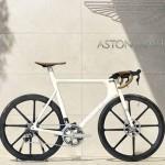 รถจักรยานไฮเทคที่สุดในโลกโดย Aston Martin ราคาเพียง 1,250,000 เท่านั้นเอง