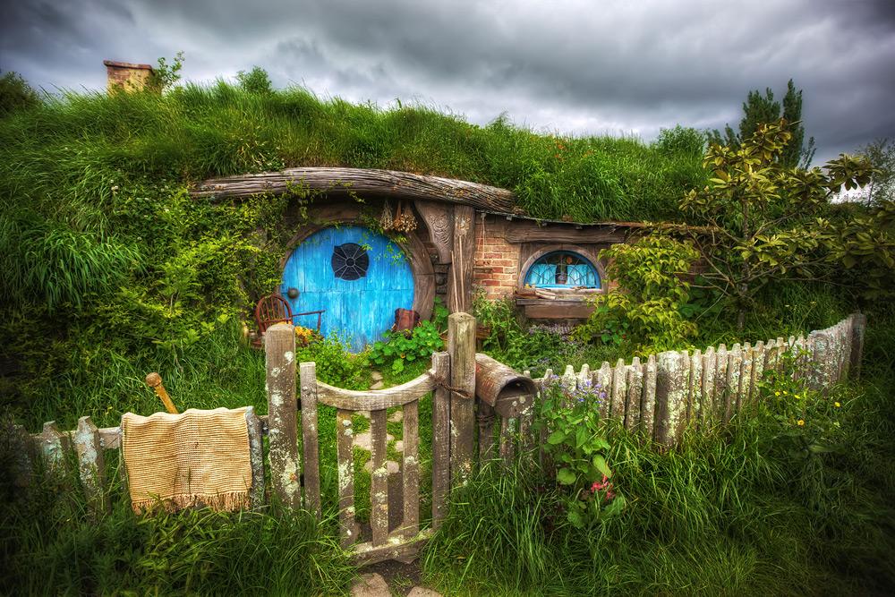 20120622092545_hobbit-hole-hobbiton