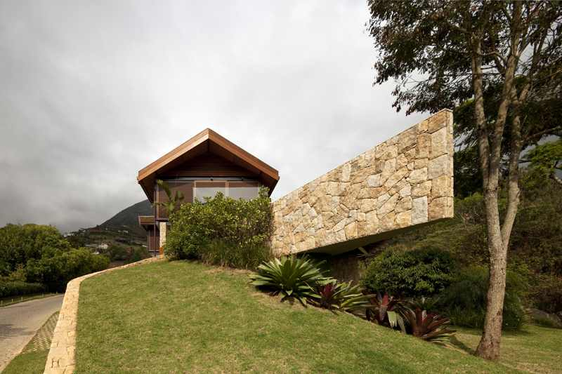 architecture-Project-House-in-the-Hills