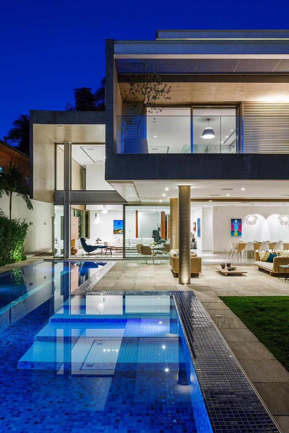 exterior-MG_residence-