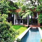 บ้านสองชั้นสไตล์ลอฟท์ ตกแต่งอย่างทันสมัย ในบรรยากาศล้อมรอบด้วยธรรมชาติสีเขียว