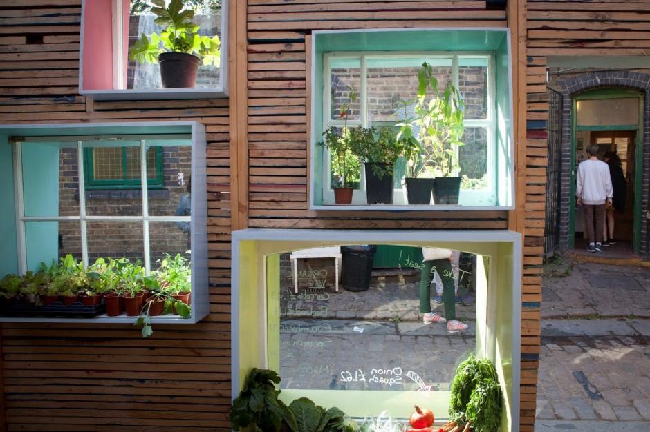 small city garden london (2)