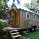 แบบบ้านกระท่อมไม้ ขนาดเล็กกะทัดรัด ออกแบบพื้นที่ภายในอย่างชาญฉลาด