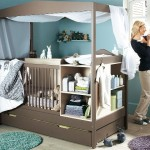 เตียงนอนเด็กที่ออกแบบเป็น Baby Station ให้ใช้งานดูแลลูกน้อยได้อย่างครบครัน