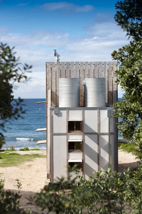 Crosson-Clarke-Carnachan-Architects-Whangapoua-Sled-House-8