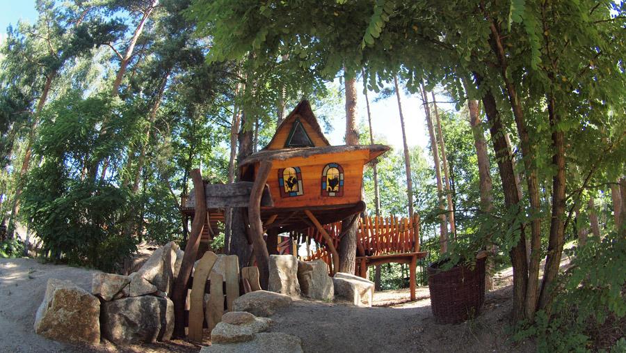 baumhaus-treehouse-1