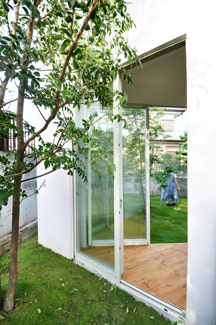 city forest house modern in tokyo japan (9)