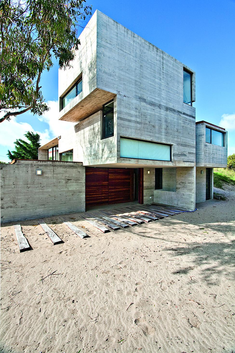 concrete house argentina (2)