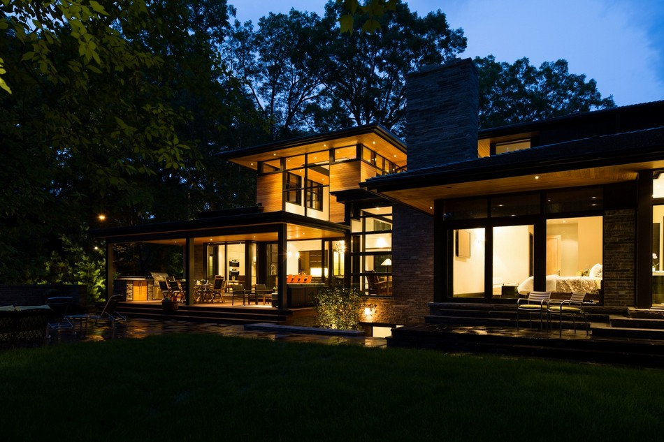 contemporary house in canada with natural surrounding (10)