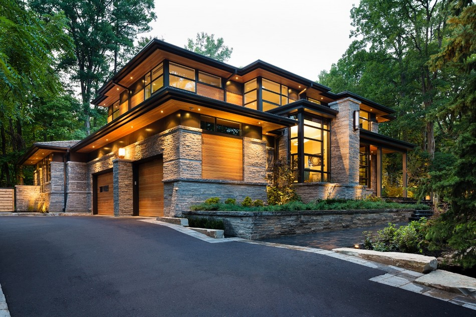 contemporary house in canada with natural surrounding (2)