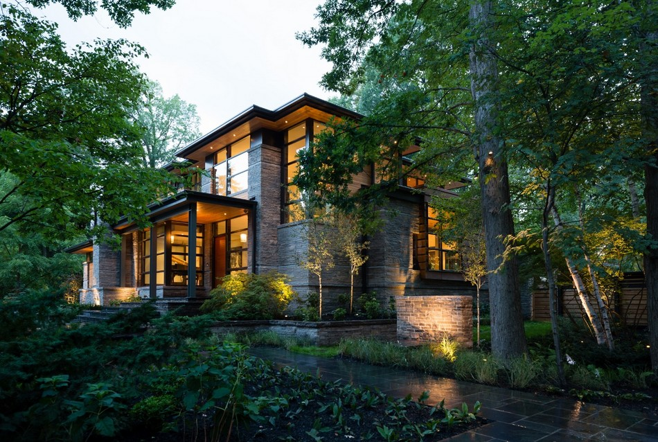 contemporary house in canada with natural surrounding (9)