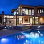 บ้านสวยร่วมสมัย พื้นที่ประมาณ 600 ตร.ม. สร้างความรู้สึกหรูหรา โปร่งสบายน่าอยู่